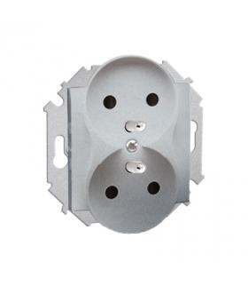 Gniazdo wtyczkowe podwójne z uziemieniem z przesłonami aluminiowy, metalizowany 16A 1591461-026