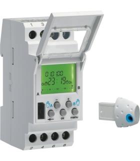 EE181 Zegar cyfrowy astronomiczny 56 kroków programowych 230V 2P 16A Hager