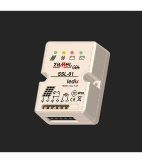 Regulator modułów fotowoltaicznych natynkowy 12V DC