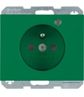 K.1 Gniazdo z uziemieniem i LED kontrolną z podwyższoną ochroną styków, zielony, połysk Berker 6765097013