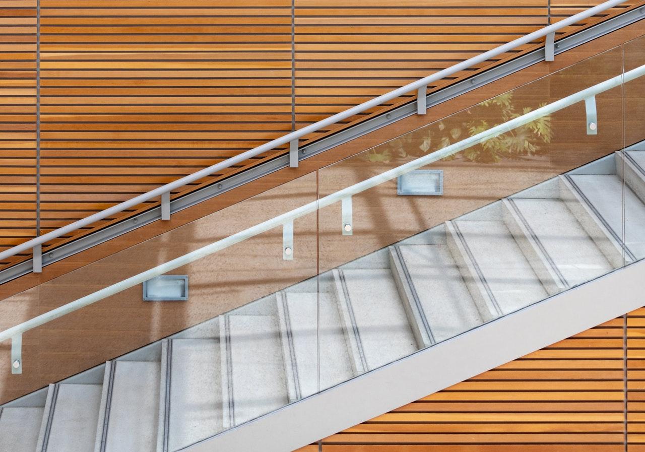oswietlenie schodowe led
